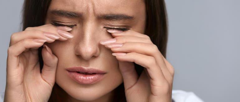 чешутся веки глаз, причины и лечение